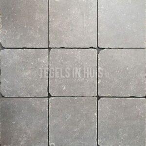 Vloertegel belgisch hardsteenlook grijs 20x20cm getrommeld